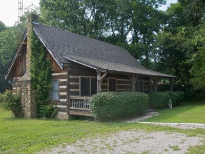 dogwood hills log cabin