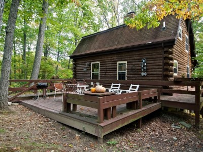 Quilters vacation log cabin in southern brown county indiana for Ponte coperto cabina brown county