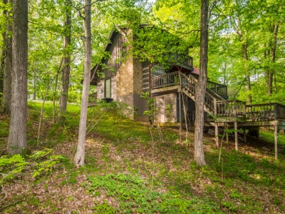 Brown county indiana log cabin vacation snoozing moose cabin for Ponte coperto cabina brown county